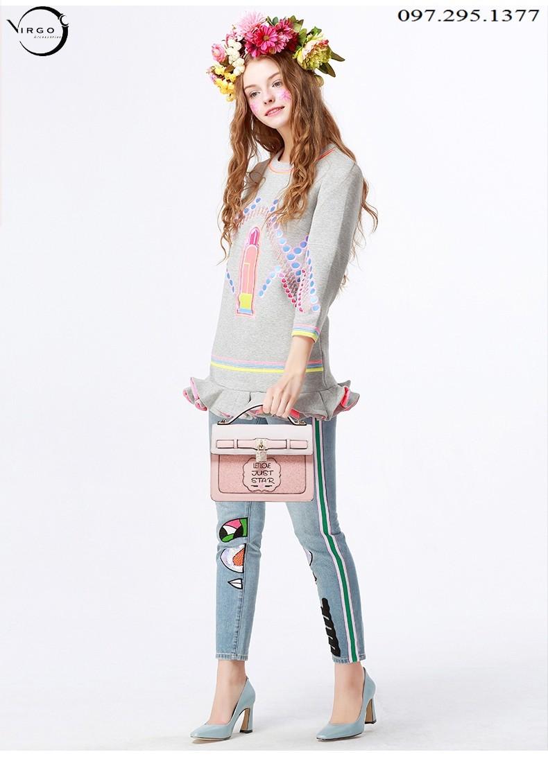 Bạn gái xinh xắn và nổi bật khi cầm chiếc túi xách VG142
